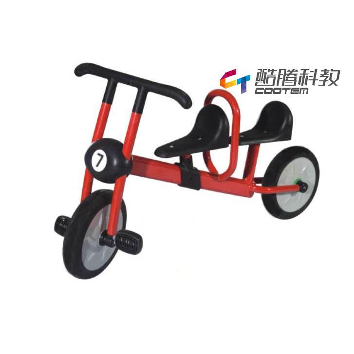 双人代步车