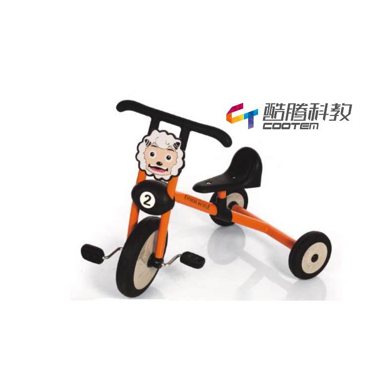 喜洋洋橙色三轮车