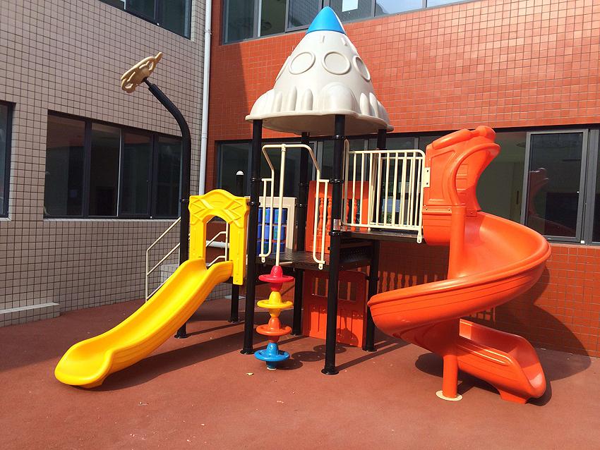 幼儿园大型玩具太空组合